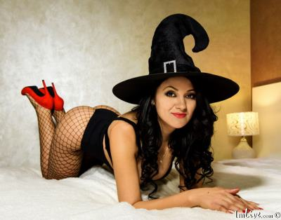 AlysaJolie, 26 – Live Adult cam-girls and Sex Chat on Livex-cams