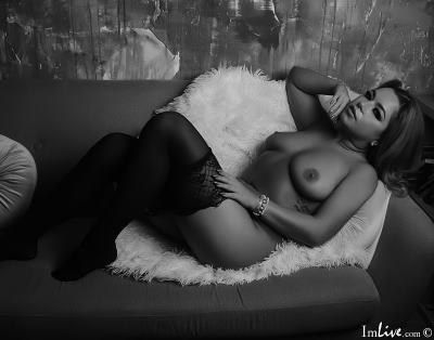 kitttty4play, 25 – Live Adult cam-girls and Sex Chat on Livex-cams