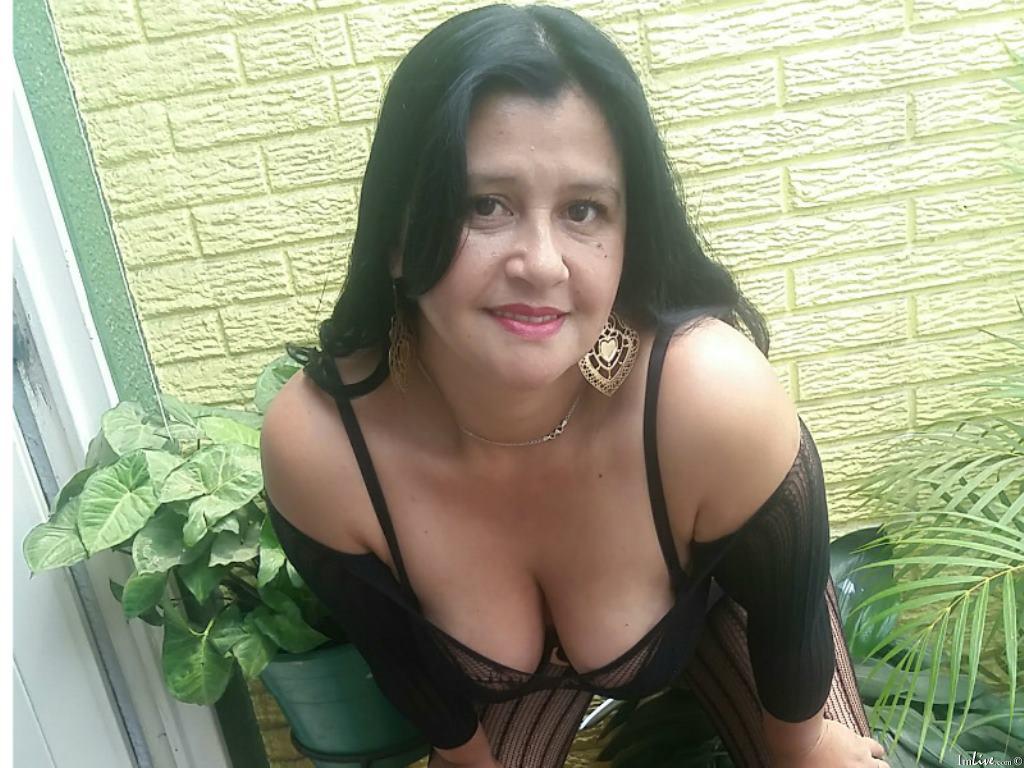tetonamaduraxxx's Profile Image